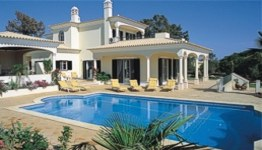 Self catering villa accommodation in Portugal