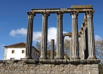 Roman temple in Evora, Alentejo - Rent luxury villas